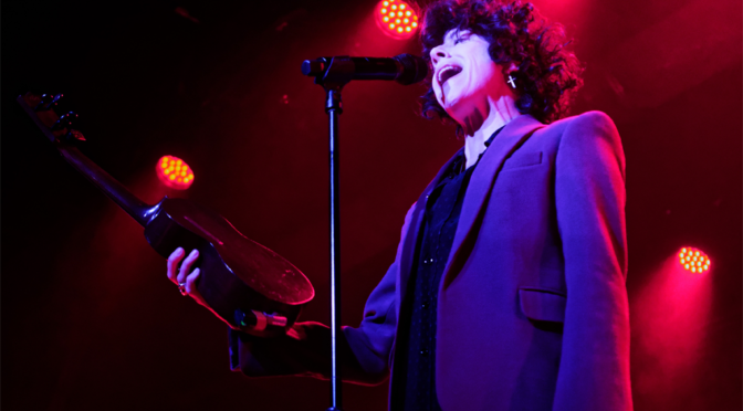 LP Shakes Up Phoenix with Sold Out Crowd at The Van Buren 3-6-19