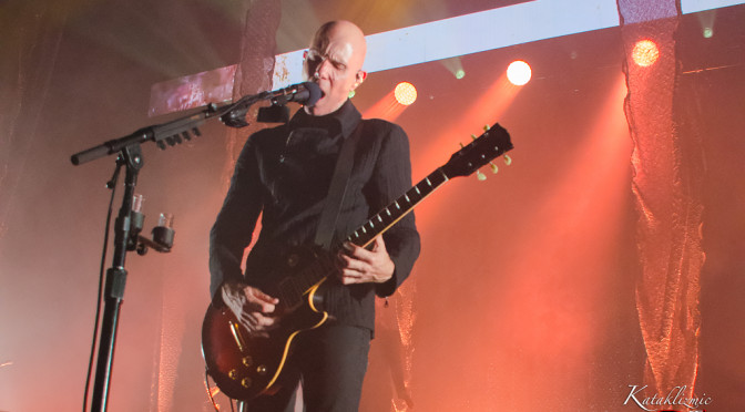 REVIEW: A Perfect Circle Illuminates The Valley After Dark With Articulately Barbed Musical Oration 4-10-17